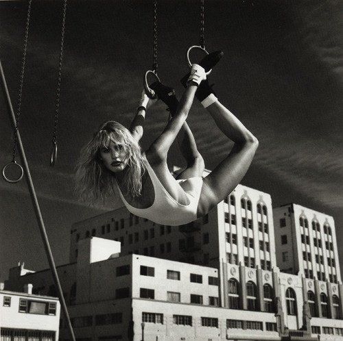 Daryl-Hannah-by-Helmut-Newton